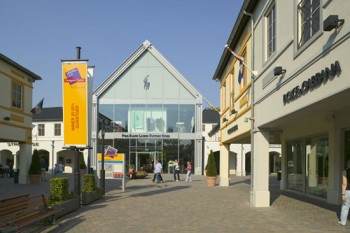 outlet village roermond