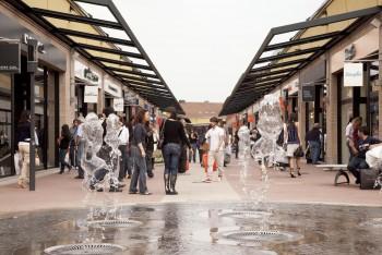 Castel Guelfo outlet malls