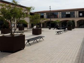 Nailloux village cour intérieur